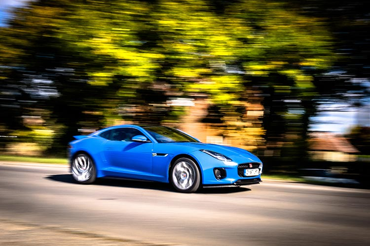 Jaguar Coupe Ftype blue
