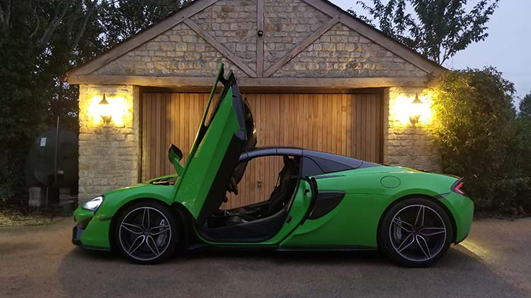 570s McLaren Mantis Green wings night