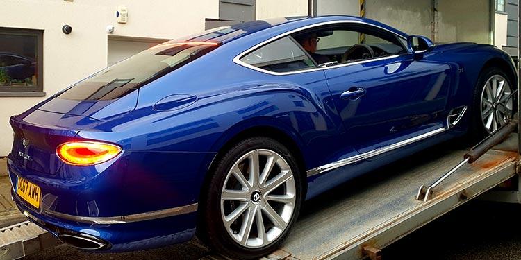 muscular haunch line Bentley GT