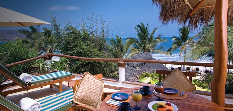 Punta Mita Mexico christmas destonation millennials holiday surf sun beach food (6)