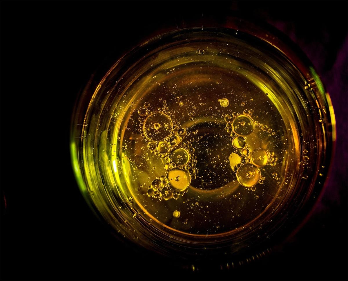 CBD Oils - A Complete Guide The Benefits & Drawbacks