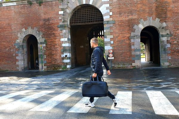 Bentley Beluga-Travel-Soft-Bag-Reviewed-MenStyleFas-Lucca-Italy-