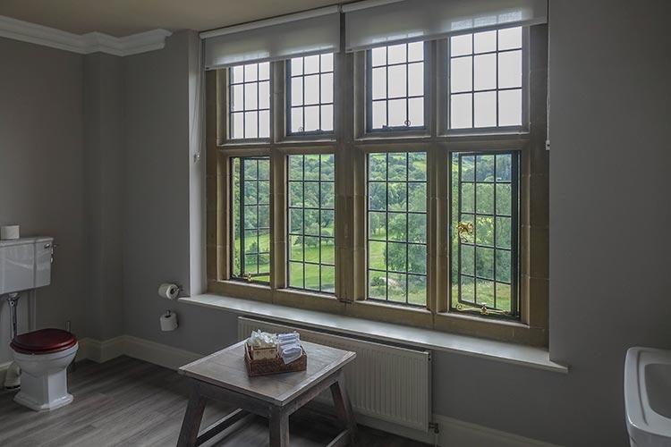 Bovey Castle Dartmoor National Park bathroom 2019 MenStyleFashion (1)