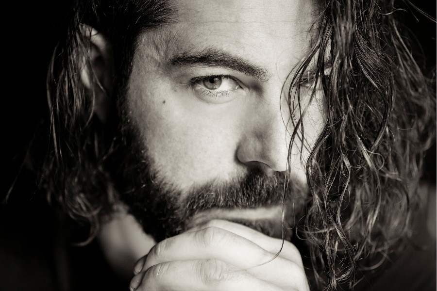 Tips for Men to Grow Longer Hair